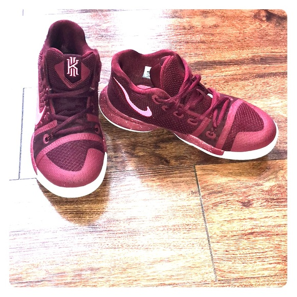 Nike Other - High top boys Nike Kyrie shoes